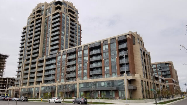Luxury Condo in Markham $1680 Riverwalk
