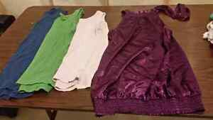 Maternity clothes Size s-m London Ontario image 5