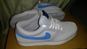 Nike skate shoes