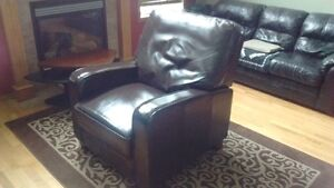 ONE YEAR OLD Dark brown Leather recliner , LIKE NEW !