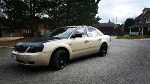 2005 ford five hundred awd fully loaded