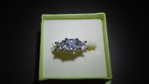 Ladies Sterling Silver man made Diamond three stone ring size 8