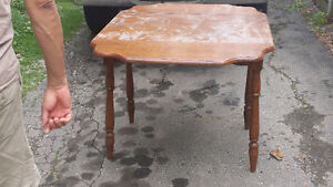 ANTIQUE DININGROOM TABLE AND CHAIRS - $100 (milton) Oakville / Halton Region Toronto (GTA) image 1