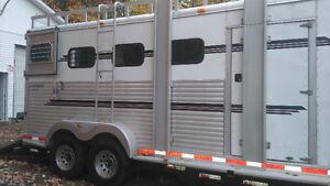 remorque cheval horse trailer Gatineau Ottawa / Gatineau Area image 1