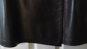 Leather jacket and skirt, Danier, new condition Kawartha Lakes Peterborough Area image 5