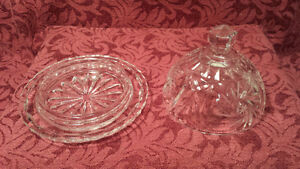 Pinwheel Clear Cut Crystal Covered Butter Dish Kitchener / Waterloo Kitchener Area image 2