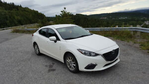 2014 Mazda3 GS - 4 DOOR - 91,000KM - $11,995