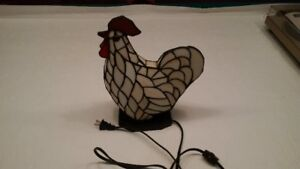 Tiffany stained glass decorative Rooster Lamp