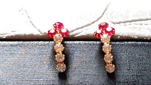 22 k real Hallmarked (Indian standards) gold earrings
