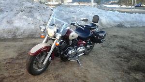 moto Yamaha V-Star 1100