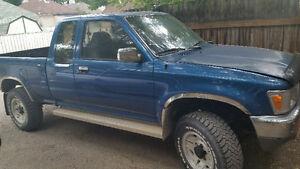 1991 Toyota SR5 Pickup Truck
