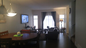 Furnished Room in South Side (Windermere area)
