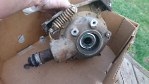 Can am outlander 800 parts front diff front control arms tie ro