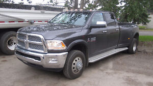 2014 Dodge 3500 Dually Laramie Pickup Truck