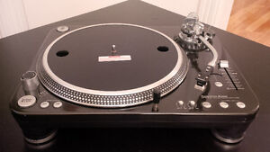 American Audio HTD 4.5 High Torque Turntable