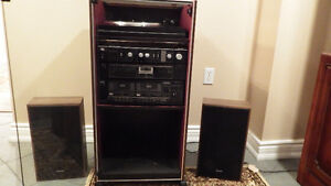 VINTAGE Sanyo Complete Stereo System