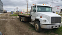 2004 FREIGHTLINER BUSINESS CLASS M2 CVIP TANDEM ROLLBACK