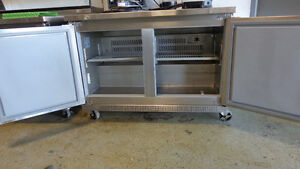 2 Sushi Coolers, 3 SS Beer Coolers fr Restaurant, Online Auction