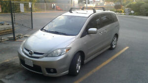 Mazda 5 in clean condition