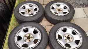 Set of 235 65 17 Honda Winter Rims & Tires