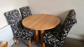 SOLID WOOD TABLE + 4 CHAIRS
