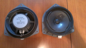 2005 Lexus is300 OEM door speakers