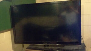 48 inch Samsung LCD HDMI ports quit working but can be fixed