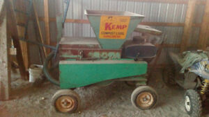 Kemp Compost and Soil Composter
