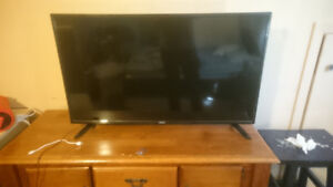 40 inch Rca TV Led Mint Condition