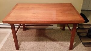 SUPER STURDY & SOLID TEAK TABLE