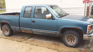 92 Gmc 2WD Truck for parts