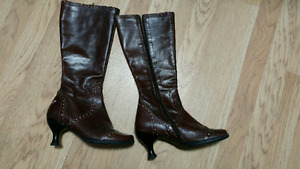 Fluevog ladies boots for sale