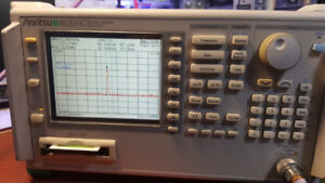 spectrum analyzer  Anritsu MS2665C  9khz-21.2ghz