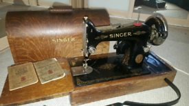 Singer Sewing Machine 99K (1930) Electric,Wooden Case and accessories