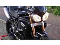 Triumph Speed Triple 1050, Black, FSH, Superb condition, MOT, Warranty