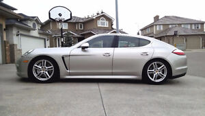 2010 Porsche Panamera 4S - V8, AWD, 430 HP, Loaded w/ Options