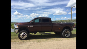 2014 Ram 3500 SLT Pickup Truck Lifted Dually
