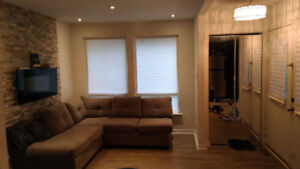 Student Rooms for rent (FEMALE ONLY) **International Students**