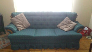 Free couch, fine condition