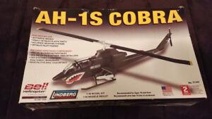 Helicopter AH-1S Cobra de Lindberg