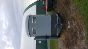 Project horse trailer or use as utility trailer!