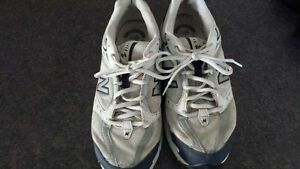 Running shoes,  New Balance size 9