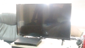 "32"" LG TV and Samsung Bluray player"