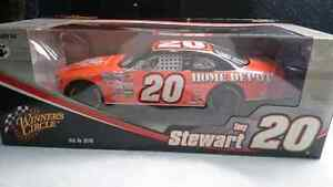 WINNERS CIRCLE TONY STEWART #20 NASCAR 1:18 ORANGE HOME DEPOT