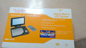 initial 7 inch portable dvd player idm 7110