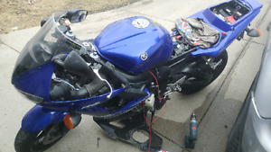 2008 yamaha yzfr6s ($1200) project bike or for parts