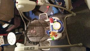 Chaise berçante bébé