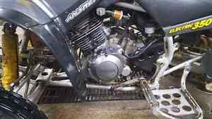 Aubaine Vtt Yamaha warrior 350 4 temps reculon tres propre avoir Saguenay Saguenay-Lac-Saint-Jean image 3