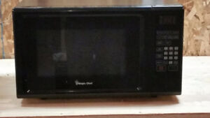 1.1 cu. ft. Microwave Oven -- model Magic Chef