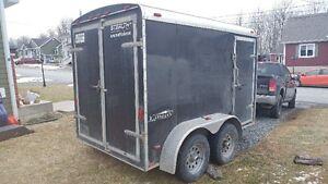 Remorque / trailer fermée 10 pieds V-nose